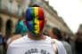 Pendant la Gay Pride parisienne, le 24 juin 2017.