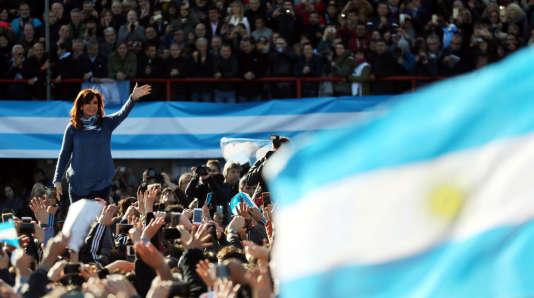 L'ancienne présidente argentineCristina Kirchner lors d'un meeting à Buenos Aires, le 20 juin.