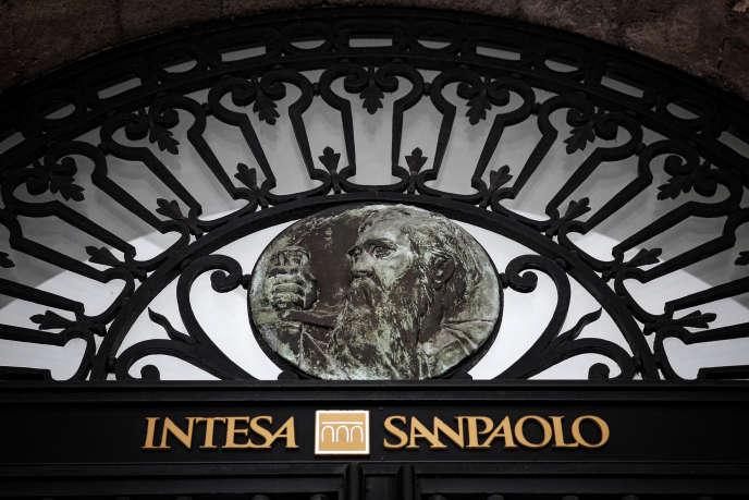 Intesa Sanpaolo va reprendre les activités saines des deux groupes bancaires vénètes Banca Popolare di Vicenza et Veneto Banca.