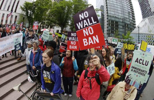 Manifestation contre le décret migratoire de Donald Trump, à Seattle, le 15 mai.