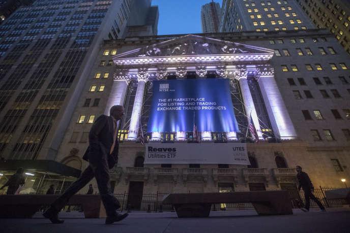 «Parvenus au plein-emploi, les Etats-Unis ne peuvent toutefois croître durablement au-dessus de leur croissance potentielle. Or celle-ci n'est pas supérieure à 1,5 %, compte tenu notamment de la faiblesse des gains de productivité» (New York Stock Exchange, en 2016).