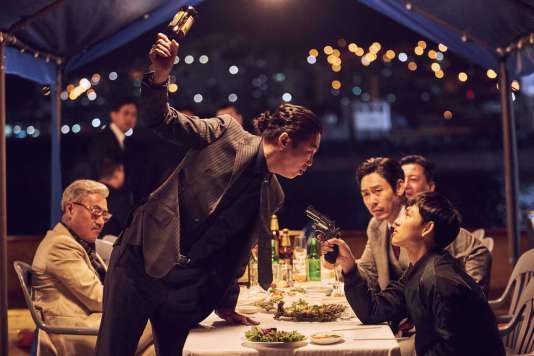YimSi-wan dans le film sud-coréen deByun Sung-hyun,«Sans pitié» («Bulhandang»).