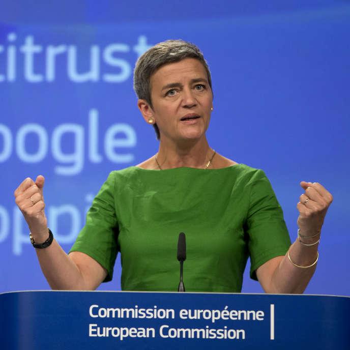 «L'analyse de la Commission peut servir de cadre d'analyse pour d'autres pratiques sur d'autres marchés similaires, donc pour l'ensemble des marchés de la recherche verticale» (Photo: la commissaire européenne à la concurrence Margrethe Vestager le 27 juin à Bruxelles).