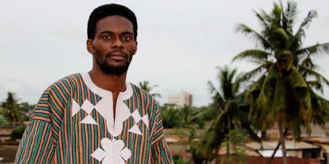 Sénamé Koffi Agbodjinou trouve son inspiration dans latradition, l'anthropologie et le modernisme.