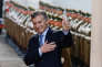 «Le nouveau gouvernement du président Mauricio Macri doit encore remplir nombre d'autres promesses : contrôler plus sévèrement les subventions ou y mettre fin, amener le taux d'inflation en dessous de 10 %, etc.»(Le président argentin Mauricio Macri le 27 juin).