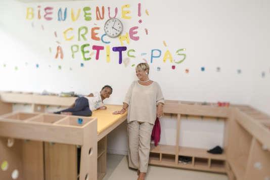« La politique familiale a fait l'objet de réductions répétitives et massives (plus de 4 milliards d'euros) qui ont frappé l'ensemble des familles» (Photo: Mara Maudet à La crèche des petits pas)