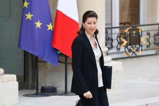 La ministre des solidarités et de la santé, Agnès Buzyn, quitte l'Elysée, à Paris, le 28 juin.