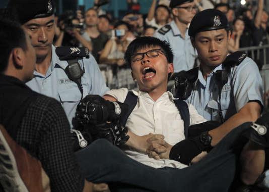 Arrestation du militant pro-démocratie Joshua Wong