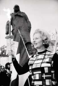 Margaret Thatcheren 1975, soutenantle maintiende son pays dans l'Europe.