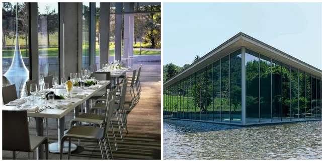 Le Café Tadao est posé au cœur du parc du château La Coste, domaine qui abriteœuvres d'art et vignes.