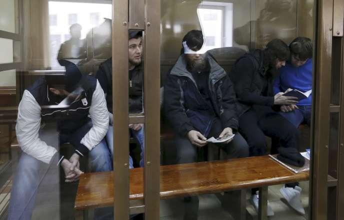 Les cinq hommes jugés pour le meurtre en 2015 de l'opposant russe Boris Nemtosv ont été reconnus coupables, jeudi 29 juin.