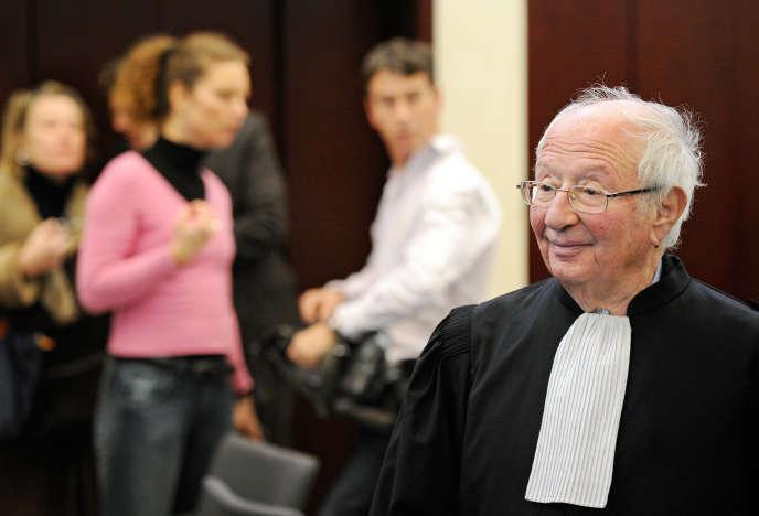 L'avocat Roland Rappaport, le 6 décembre 2010, au tribunal de Pontoise.