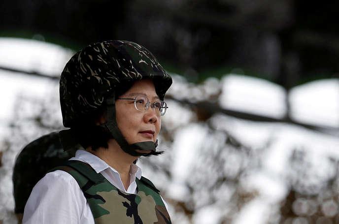 Les tensions diplomatiques, atténuées sous le précédent gouvernement taïwanais, ont repris depuis l'arrivée au pouvoir l'an dernier du parti de la présidente Tsai Ing-wen.