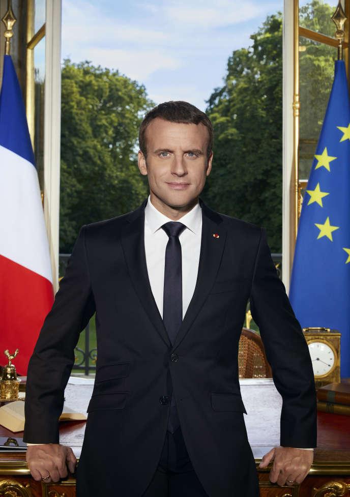 Portrait officiel du président de la République, Emmanuel Macron, réalisée par Soazig de LaMoissonnière, sa photographe officielle, fin juin.
