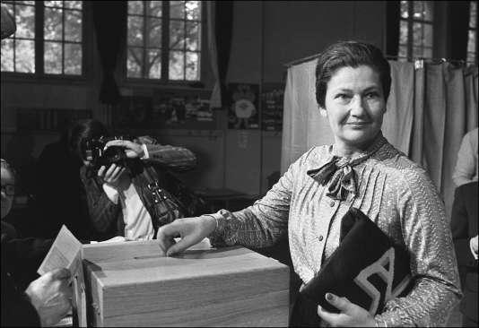 Simone Veil lors des élections européennes du 10 juin 1979. / AFP / PIERRE GUILLAUD