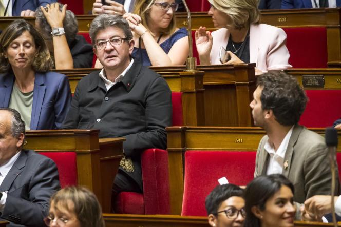 Jean-Luc Mélenchon participe à la première séance de la 15e législature à l'Assemblée nationale à Paris, mardi 27 juin 2017 -