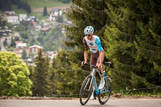Romain Bardet lors de la première étape du Tour 2016.