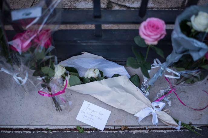 « Elle avait la volonté d'avoir de l'impact et la conviction que les politiques publiques doivent structurellement prévoir de donner plus à ceux qui ont moins» (Devant chez Simone Veil, le jour de sa mort).