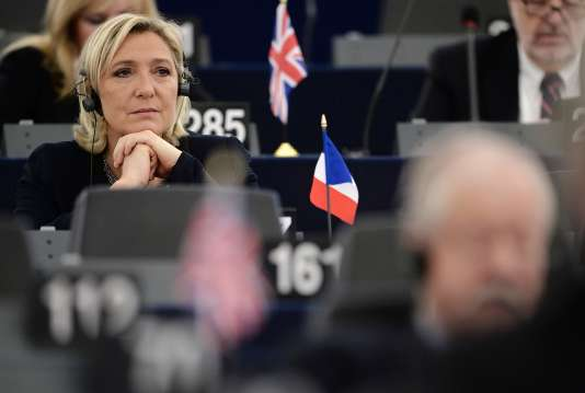 Marine Le Pen au Parlement européen, en octobre 2016.