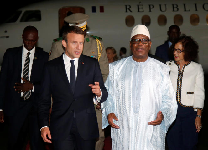 « Le risque qu'une part croissante de la population voie dans les soldats français des « forces d'occupation » est pris au sérieux» (Emmanuel Macron avec le président du Mali Ibrahim Boubacar Keita à Bamako, le 2 juillet 2017).