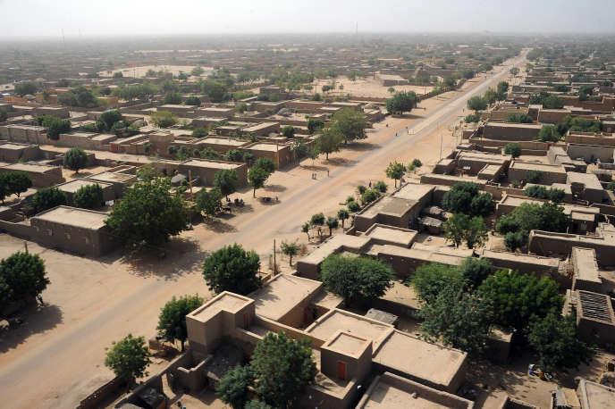 La ville de Gao en 2013, après l'intervention française visant à la libérer de l'occupation descombattants jihadistes liés à Al-Qaida.