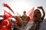 Des partisans de Kemal Kiliçdaroglu, le chef du CHP, durant la Marche pour la justice, près d'Izmit, le 3 juillet.
