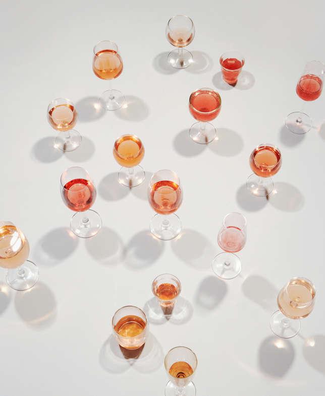 Framboise, pamplemousse, pêche, melon… le champ lexical des nuances du rosé se réfère aux fruits.