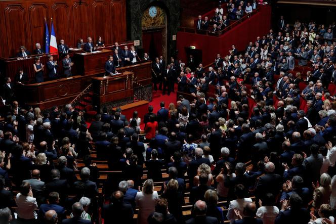 Députés et sénateurs réunis en congrès, à Versailles, devant le président Emmanuel Macron, le 3 juillet 2017.