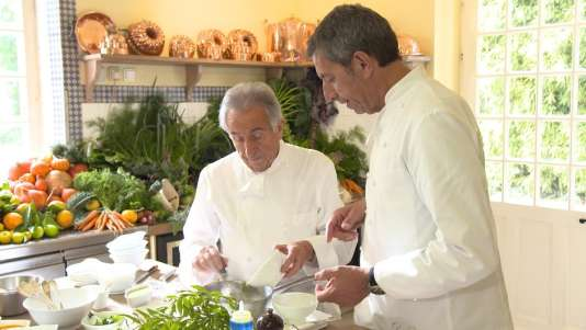 Michel Cymes en cuisine