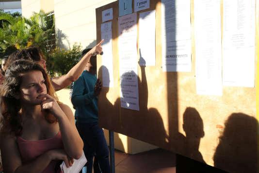 Lors des résultats du bac 2016 à La Possession, sur l'île deLa Réunion.