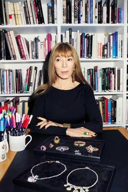 Victoire de Castellane a été nommée directrice artistiqueà la tête du département joaillerie de Dior en 1998.