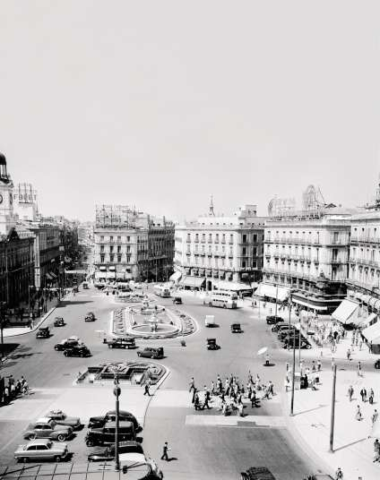La Puerta del Sol, en 1955.