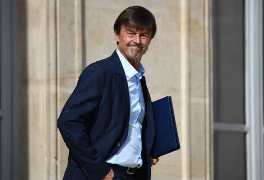 nicolas hulot nous visons la fin de la vente des voitures essence et diesel d ici 2040. Black Bedroom Furniture Sets. Home Design Ideas