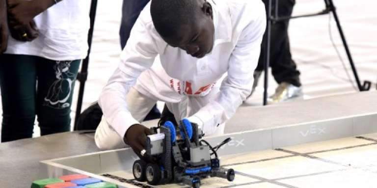 Un concours national de robotique au stade Marius-Ndaye deDakar, le 20 mai 2017.