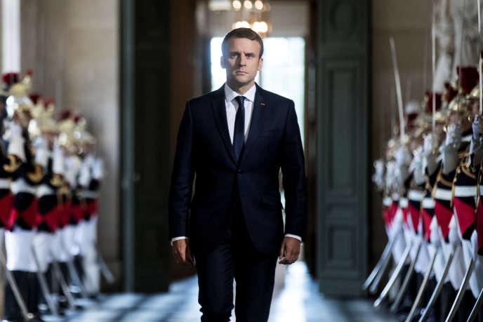 Le président Emmanuel Macron dans la Galerie des bustes du château de Versailles, le 3 juillet.