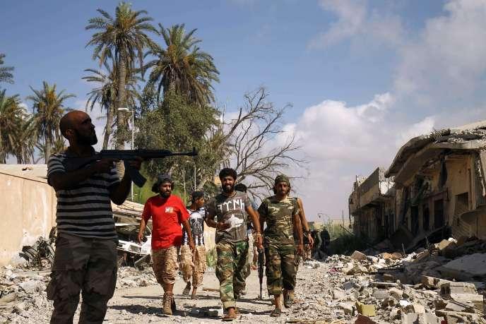 Des forces loyales à Khalifa Haftar, le 6 juillet à Benghazi.