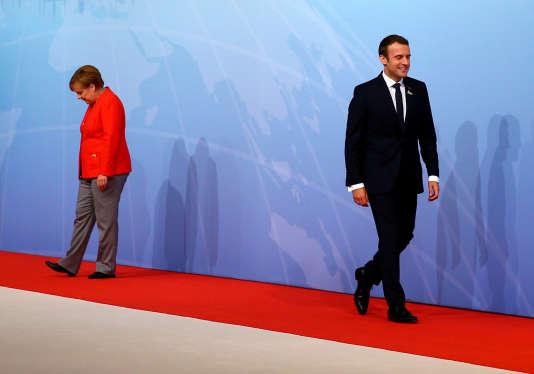 « Hors de l'orbite hégémonique des Etats-Unis, l'Europe n'est pas actuellement une puissance publique capable d'être autonome dans un monde conflictuel et incertain» (Photo: Emmanuel Macron et Angela Merkel avant le G20, le 7 juillet).
