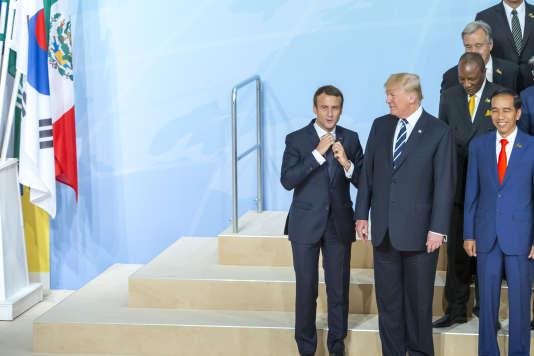 Emmanuel Macron et Donald Trump participent à la réunion des chefs d'Etat et de gouvernement des pays membres du groupe du G20 à Hambourg, Allemagne, vendredi 7 juillet 2017 - 2017©Jean-Claude Coutausse / french-politics pour Le Monde