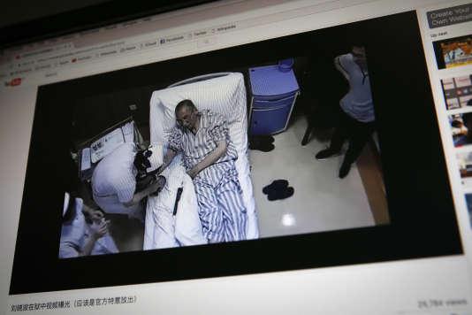 Les médecins chinois ont assuré à leurs homologues que le Prix Nobel de la paix 2010 n'était pas en état de voyager.