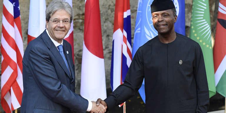 Le premier ministre italien accueille le vice-président Yemi Osinbajo au sommet du G7 à Taormina, le 27 mai 2017.