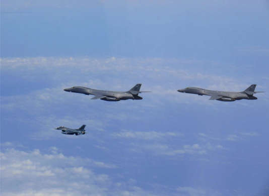 Les bombardiers américains et leur escorte au dessus de la Corée du Sud, le 8 juillet 2017.