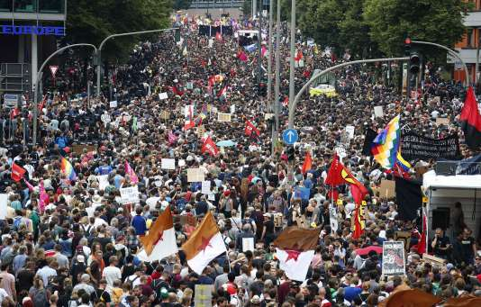 Des tensions éclatent entre les manifestants anti-G20 et la police allemande