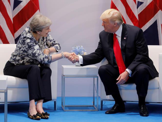 Theresa May et Donald Trump à Hambourg, au sommet du G20, le 8 juillet.