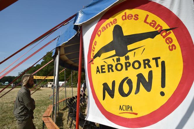 Rassemblement annuel des opposants au transfert de l'actuel aéroport nantais à Notre-Dame-des-Landes (Loire-Atlantique), le 8 juillet.