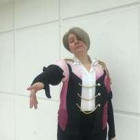 Garance Le Gall, 27 ans, porte un costume inspiré de Victor, un des personnages principaux de« Yuri on Ice».