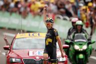 La victoire d'étape sur le Tour de France de Lilian Calmejane à la Station des Rousses, le 8 juillet 2017.