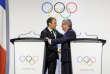 Emmanuel Macron et le président du CIO Thomas Bach à Lausanne, le 10 juillet.