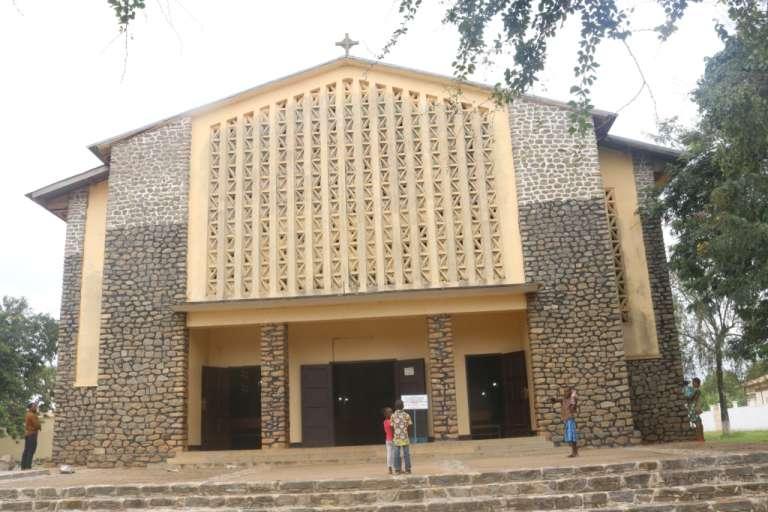 Cathédrale Saint-Sébastien de Gondon, où vivat Mgr Jean Marie Benoît Bala.