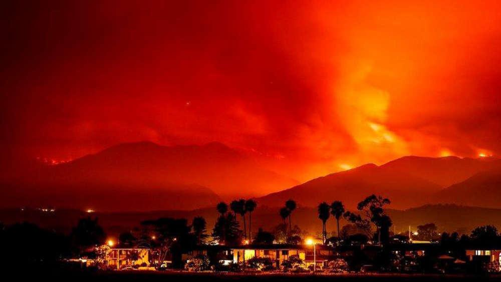 Une quarantaine d'autres incendies sont également en cours dans l'ouest des Etats-Unis. Les Etats du Nevada, de l'Arizona et du Colorado sont parmi les plus touchés.
