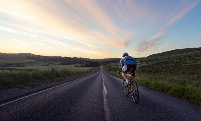Mark Beaumont aspire à« redéfinir les limites de l'endurance humaine» en battant le précédent record de 43 jours.